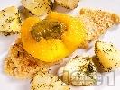 Рецепта Панирана мерлуза с ябълка и пюре от киселец